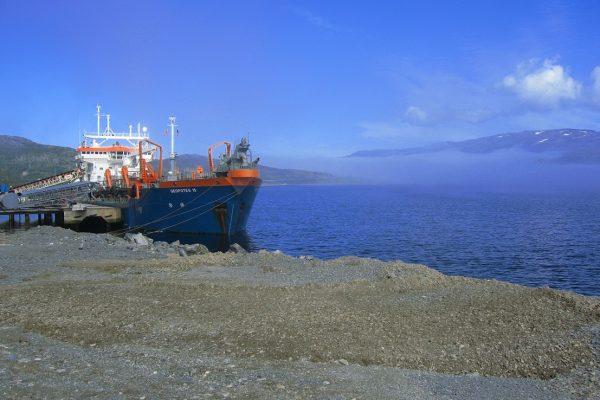 trailer suction hopper dredger loading rock dredging consultancy