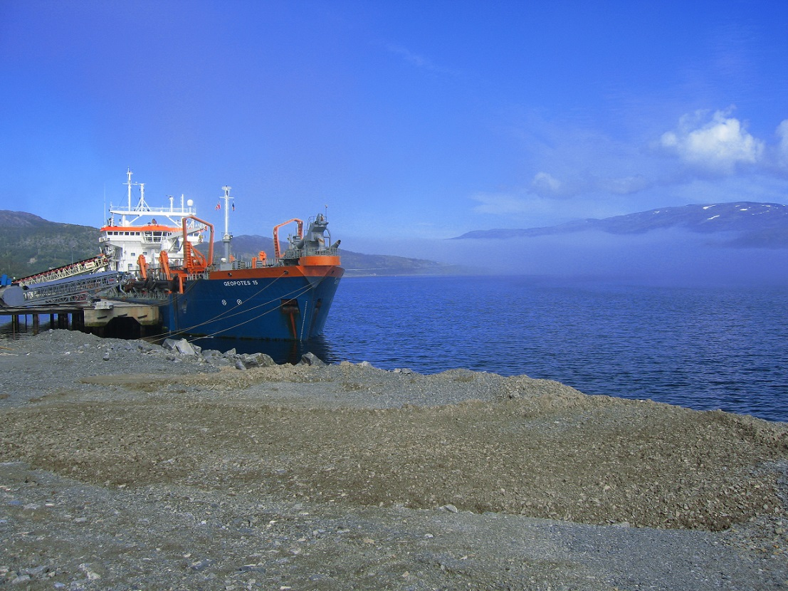 trailer suction hopper dredger loading rock dredging consultancy