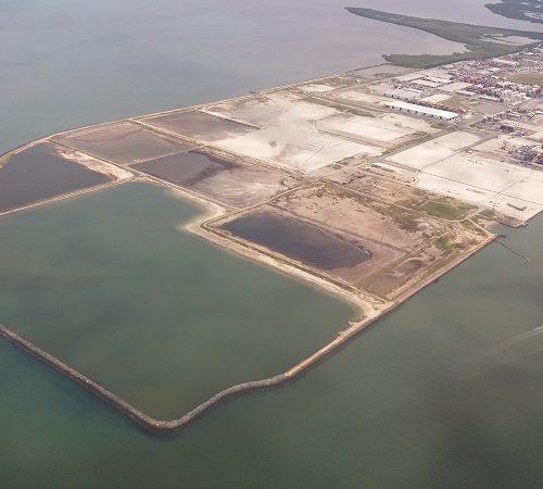 Port Brisbane reclamation area sand fill and sedimentation basin area return water quality